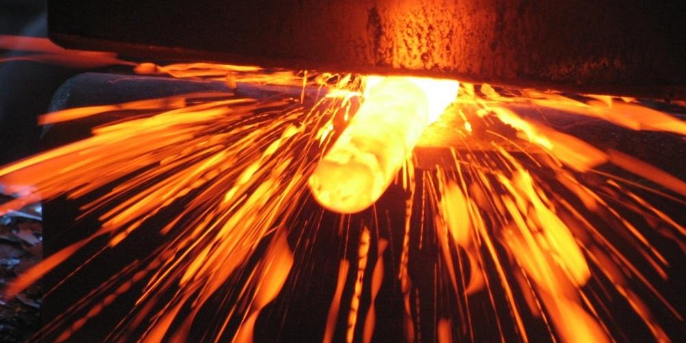 stampaggio a caldo dei metalli
